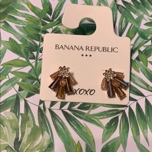 Banana Republic earnings - brand new - on sale!